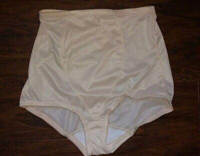 playtex vintage free spirit fanny smoother brief, nude, new without tags nwot