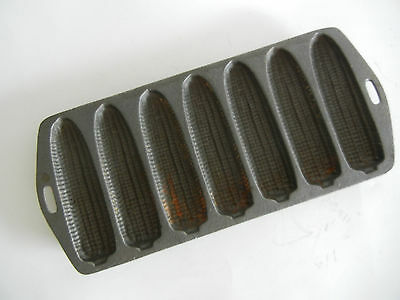 Vintage Cast Iron Corn Muffin Baking Pan Marked H1 Holds 7 Muffins Baking Rustic
