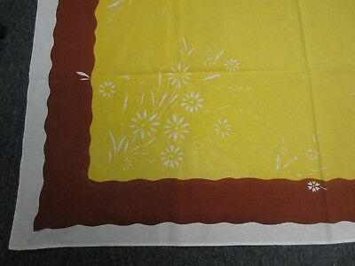 VINTAGE BROWN & YELLOW COTTON KITCHEN TABLECLOTH with DAISY BOUQUETS 53x66