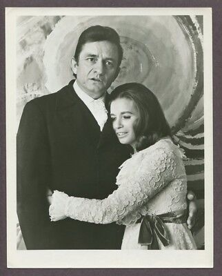 Johnny Cash & June Carter 1969 Original Vintage Portrait Photo J5925