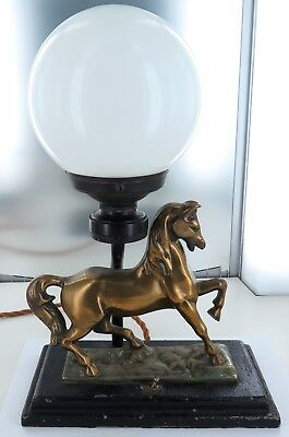 .SUPERB EARLY 1900's HEAVY SET LARGE HORSE THEMED ELECTRIC TABLE LAMP, WORKING