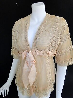 CIRCA 1890-1900's, LOVELY BELLE EPOQUE LADIES LACE BOUDOIR JACKET W/RIBBONS