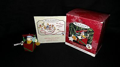 Donald's Surprising Gift 1997 Hallmark Orn 1st Archives Series NWT Donald Duck