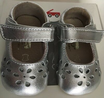 NIB See Kai Run Ginger II Silver Baby Girl Leather Shoes Size Small 0-6 Months