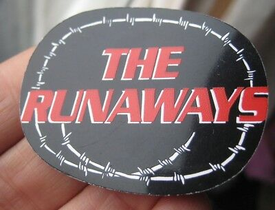 THE RUNAWAYS vintage  punk rock plastic music pin BADGE