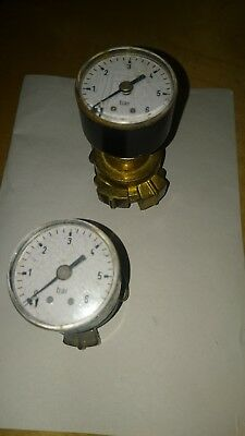 2 Water Liquid Fluid Pressure Gauges With Brass Fittings Twist 0-6 Bar 6