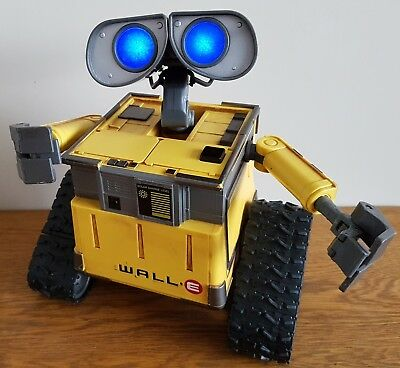 Disney Pixar - WALL.E -Thinkway Toys - Large  Talking, Moving,Robot