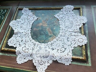 Lge Duchesse lace collar - medallions of Point d'Application Antique 1890-1910