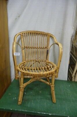 5053. Alter Rattan Stuhl  Old wooden chair