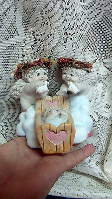 1995 Dreamsicles '' COUNTING SHEEP''  Figurine Angels Cherubs BABY DC417 Signed