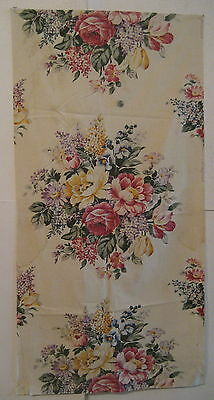 Vintage Lovely 1930's American Floral Cotton Print Fabric (7827)