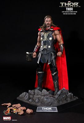 THOR CHRIS HEMSWORTH Thor (Light Asgardian Armor Version)  MARVEL 12  HOT Toys