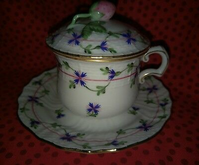 Herend  Pot de Creme & Saucer Set in Blue Garland PBG Motif.  Mint cond.