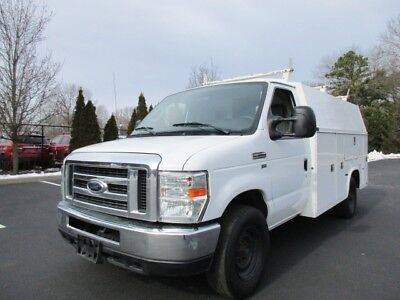 2010 Ford E-350 12 Foot Utility Box Truck Low Miles 1 Owner Serviced Rare Find