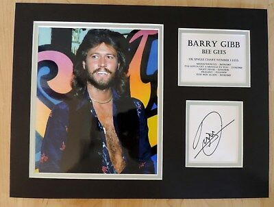 Barry Gibb - Bee Gees - Superb Signed Display - Full Signing Details Coa - Uacc