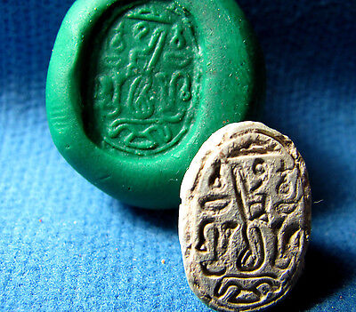 Ancient Scarab seal - Phoenician work ? Canaanite 2 Millennium BC. Archaeology.