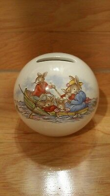 ROYAL DOULTON BUNNYKINS BANK FUN IN THE SAND Ball Shape Boat Oars