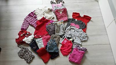lot de 29 vêtements  fille 6 - 9 mois