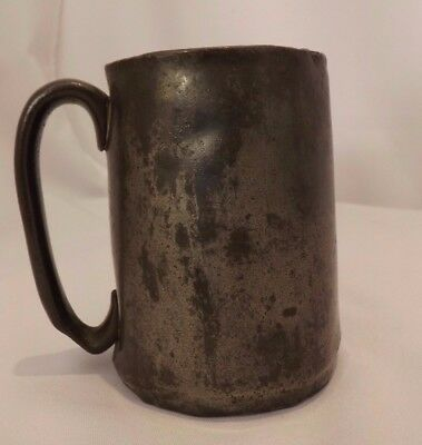 #7865 Antique Pewter Tankard Half Pint with interesting detail