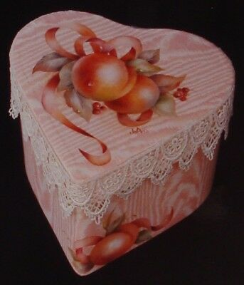 """Jo Avis Moore Holiday tole painting pattern """"Peaches on Moire"""""""