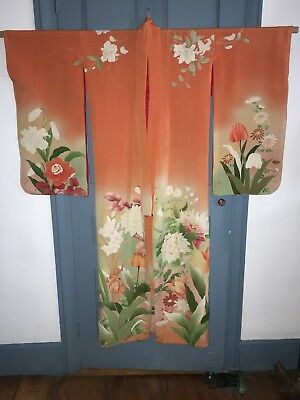 Eye Catching Vintage Silk Crepe Floral Komono Some Embroidery