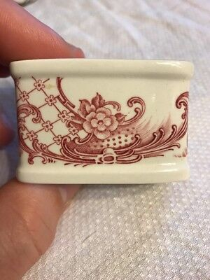 Villeroy & Boch Valeria Antique Flow Red Style Napkin Ring