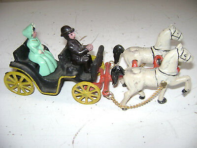 Vintage Old Antique Cast Iron Horse Drawn Buggy Toy Carriage Wagon Amish Couple