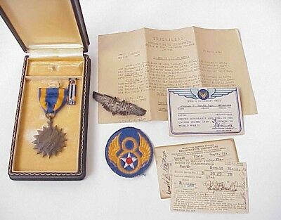 ORIGINAL WWII 8th Air Force Air Medal Group NAMED w/Bullion Aerial Gunner Wings
