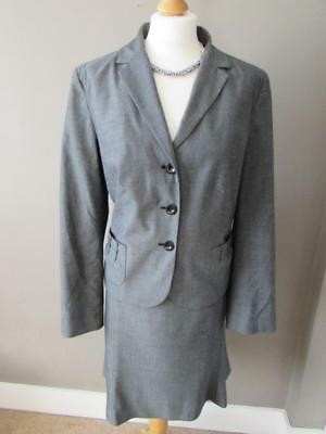 S.OLIVER Ladies Grey Smart Tailored Suit Skirt ( Size 20 ) & Jacket  ( Size 18 )