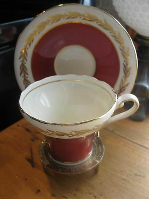 Aynsley Tea Cup And Saucer Corset Shape Red & Gold Wreath Pattern