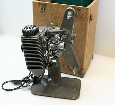 Vintage Revere Eight Projector Model 85