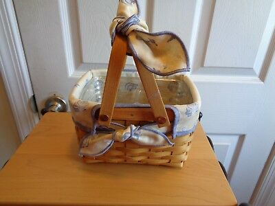 Longaberger  Little Market Basket With Seashell Liner And Protector