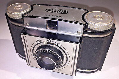 A rare Braun Paxina I Box Camera for 120 rollfilm, with case, 1950-54