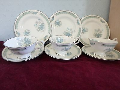 ROYAL SUTHERLAND ENGLISH BONE CHINA 3 GORGEOUS WIDE CUP TRIO,s