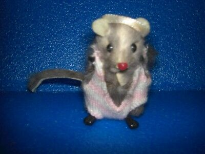 VINTAGE RUSS LITTLE FUR Work Out / Aerobics Fitness MOUSE