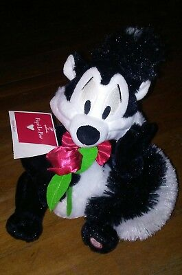 Plush talking - Pepe Le Pew Skunk - with rose