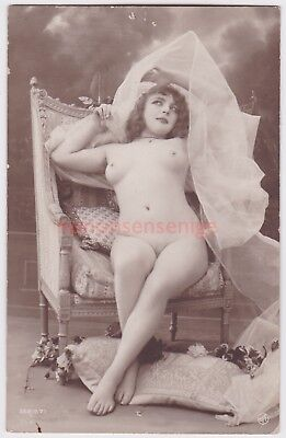 MISS FERNANDE France EROTIC RISQUE NAKED NUDE NU WOMAN Serie 71 REAL PHOTO - 04
