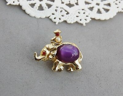 Jelly Belly Elephant Pin Brooch Gold Tone Purple Moonglow Glass Vintage Mahout