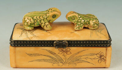 Chinese Old No Plastic Handmade Carved Frog Statue Box