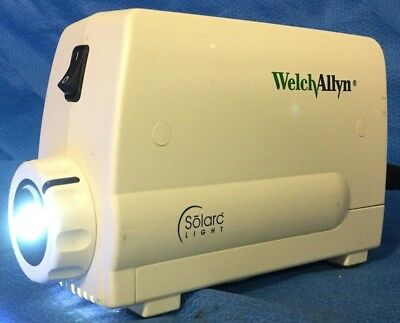 Welch Allyn Solaric Surgical Light Source