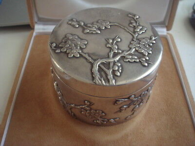 Large Antique Export Solid Silver Chinese Hallmark Wing Hing Chrysanthemums Box