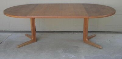 Danish Modern Skovby teak expandable round oval dining table 2 leaves vintage