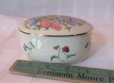 Lenox Porcelain Flower Blossom Music Box Suzanne Clee Waltz of Flowers trinket