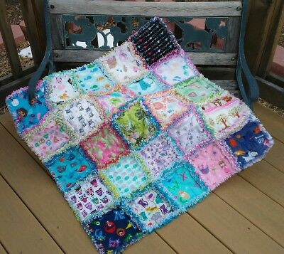 RAG QUILT I SPY throw quilt girl 25 different prints all flannel handmade #56g