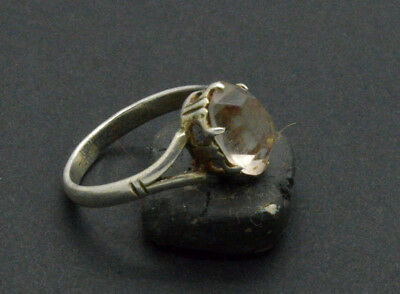 Post medieval period silver ring with gemstone. 19 Century. 2gr