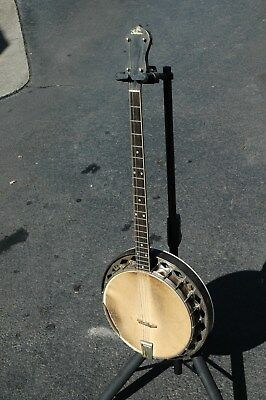 The Gibson Banjo early 1900's