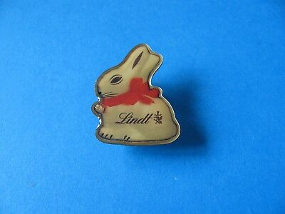Lindt Chocolate Easter Bunny Advertising Pin Badge Vgc