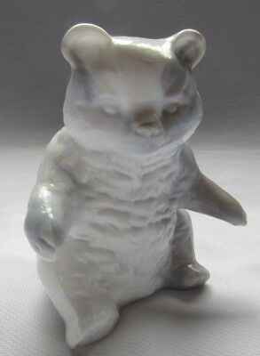 Mosser Glass Grizzly Bear ( Gray With White Head)