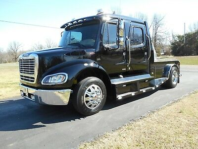 2007 FREIGHTLINER M2-112 Sport Chassis Crew Cab 450Hp Big Block - Rare  Find!!