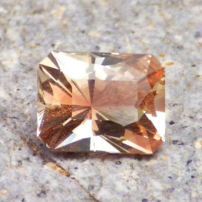 PINK SCHILLER OREGON SUNSTONE 2.26Ct FLAWLESS-FROM PANA MINE-FOR JEWELRY!